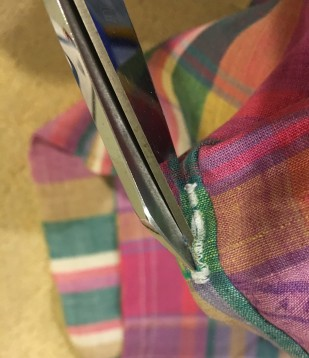 Drawstring Bag buttonhole 5
