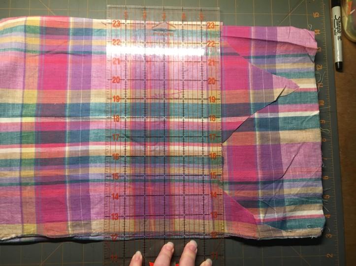 Drawstring Bag cutting fabric