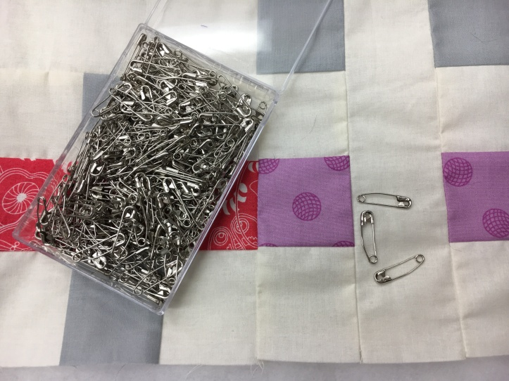 How to pin baste - curved saftey pins