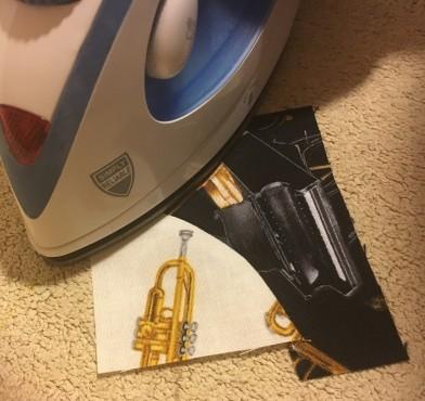Music Mug Rug - pressing circle